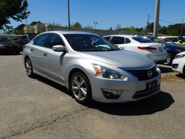 Used 2015 Nissan Altima 2.5 SL 2.5 SL  Sedan