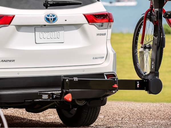 2019 Toyota Highlander towing Springfield, IL