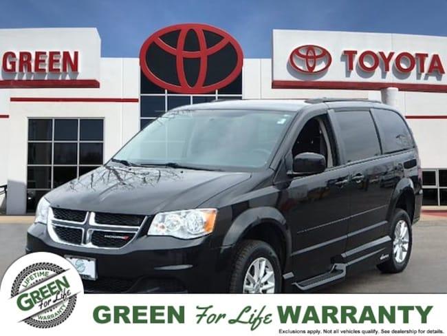 2015 Dodge Grand Caravan SXT w/ Power Lift Handicap Accessible Van