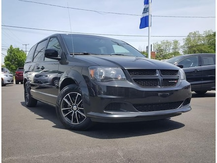 Featured Used 2017 Dodge Grand Caravan SE Plus Wagon for Sale near Youngstown, OH