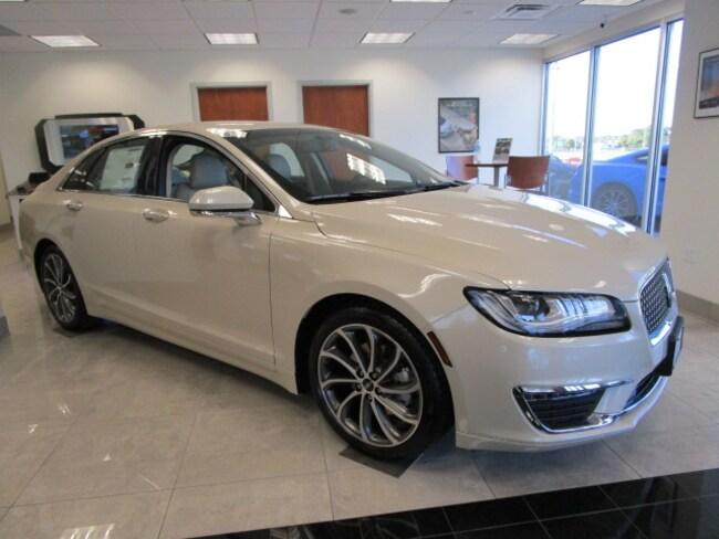 2018 Lincoln MKZ Premiere FWD Sedan