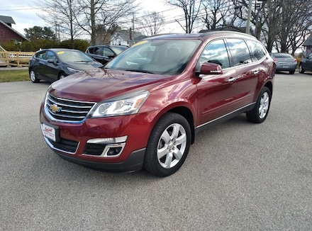 Featured used 2017 Chevrolet Traverse LT SUV for sale in Conneaut, OH