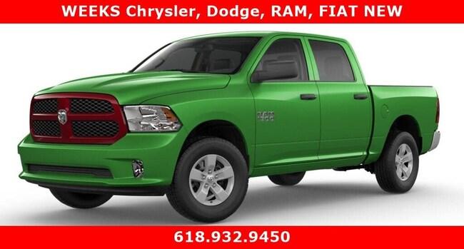 New 2018 Ram 1500 EXPRESS CREW CAB 4X4 5'7 BOX Crew Cab West Frankfort, IL