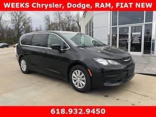 New 2018 Chrysler Pacifica L Passenger Van 862168 for sale in West Frankfort, IL