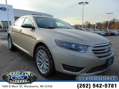2018 Ford Taurus Limited Near Milwaukee WI Sedan