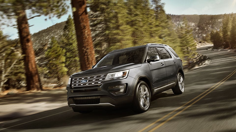 Ford Edge Vs  Ford Explorer Performance Features