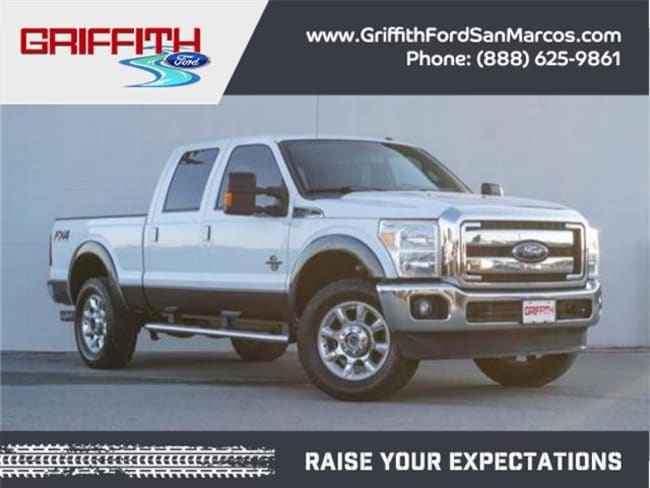 2016 Ford F-250 Lariat 4x4  Crew Cab 6.75 ft. box 156 in. WB SRW Sedan
