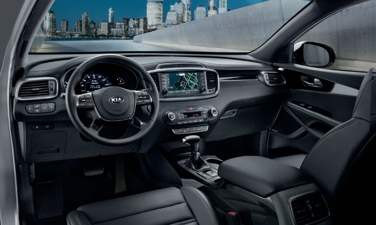 20Kia-Sorento-Interior Front showing th front dash