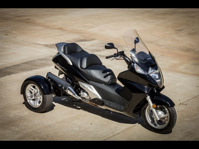 new 2015 honda fsc600ac silver wing for sale ste therese qc. Black Bedroom Furniture Sets. Home Design Ideas
