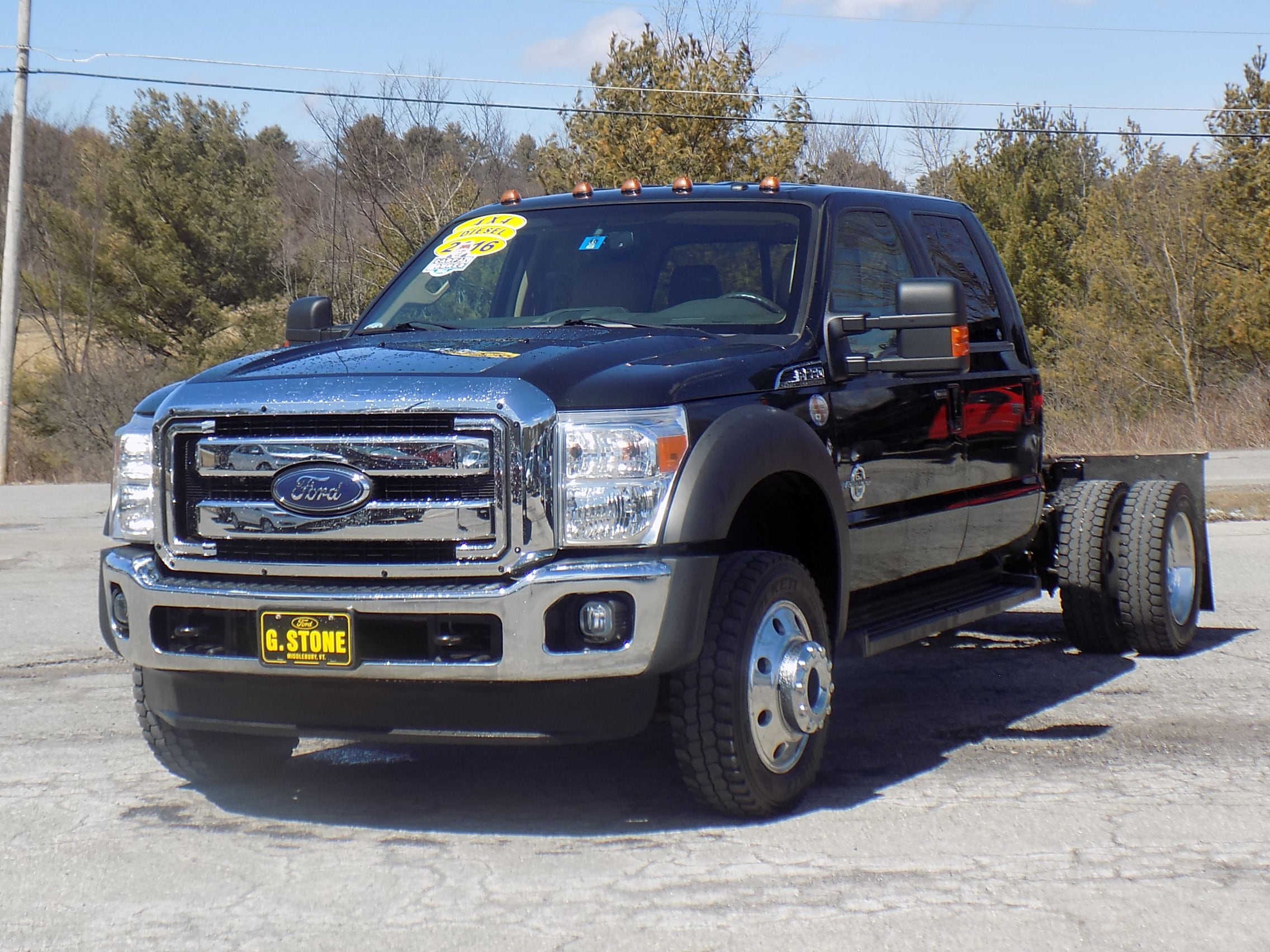 2016 Ford F-550 Chassis LARIAT Truck Crew Cab