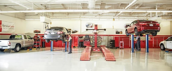 Toyota Service Appointment >> Toyota Service Center In Conroe Gullo Toyota