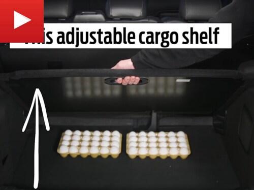 Ford EcoSport adjustable cargo shelf