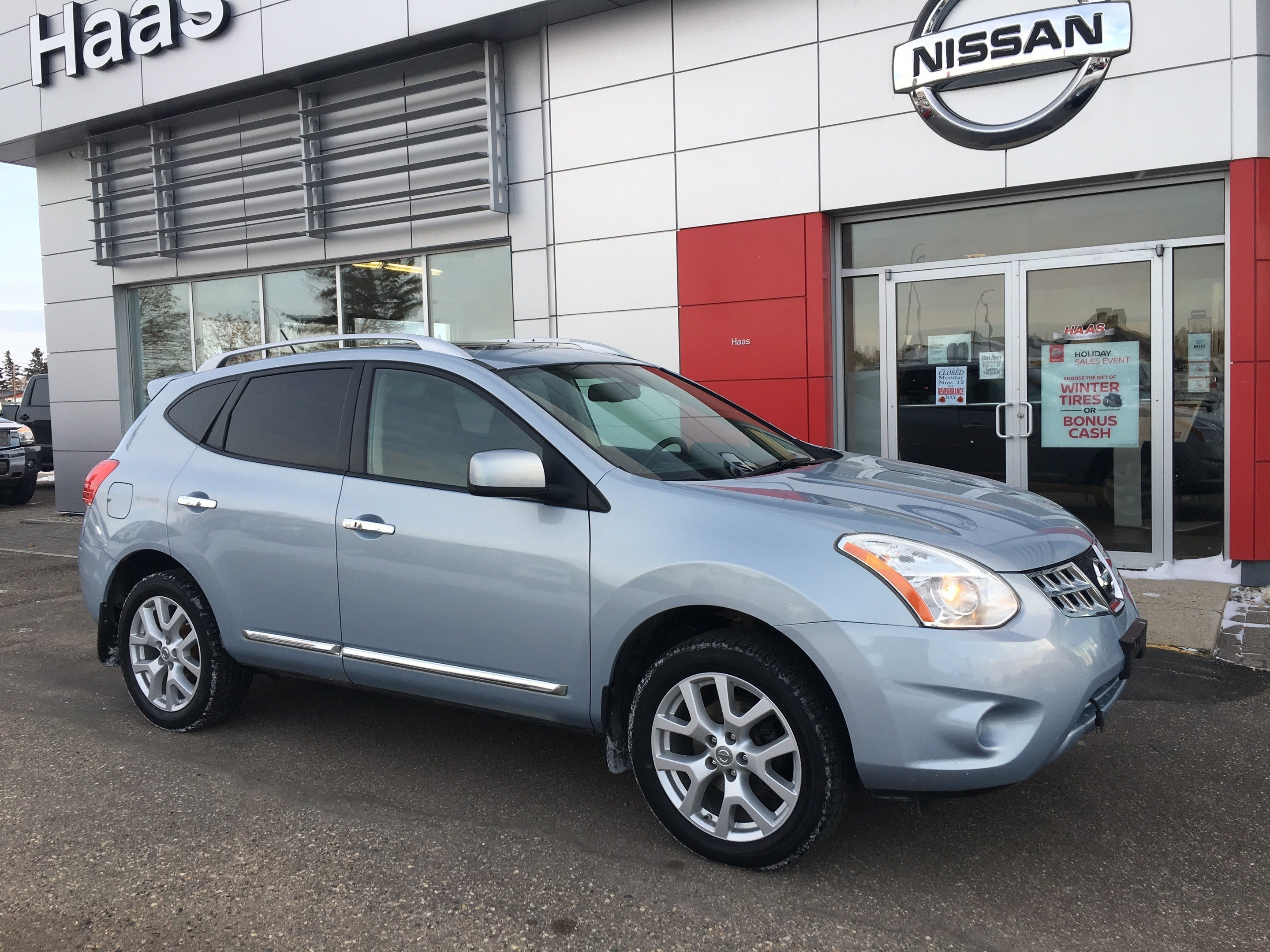 2011 Nissan Rogue SL  NAVIGATION, SUNROOF SUV