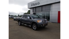 2015 Nissan Titan SL CERTIFIED PRE OWNED, NAVIGATION Crew Cab
