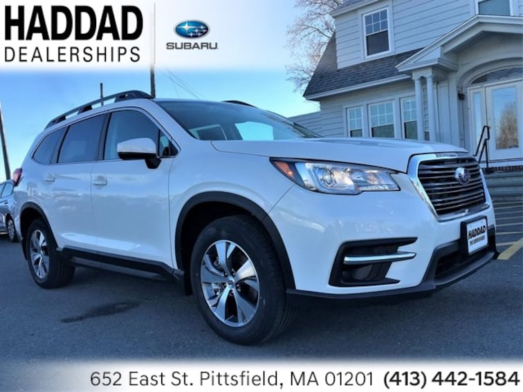 New 2019 Subaru Ascent Premium 8-Passenger SUV White Pearl in Pittsfield
