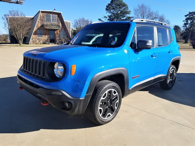 Certified pre-owned 2015 Jeep Renegade Trailhawk 4x4 SUV for sale in Morrilton, AR