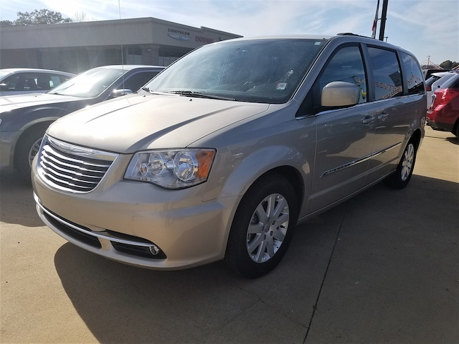 Used vehicle 2013 Chrysler Town & Country Touring Van for sale near you in Morrilton, AR
