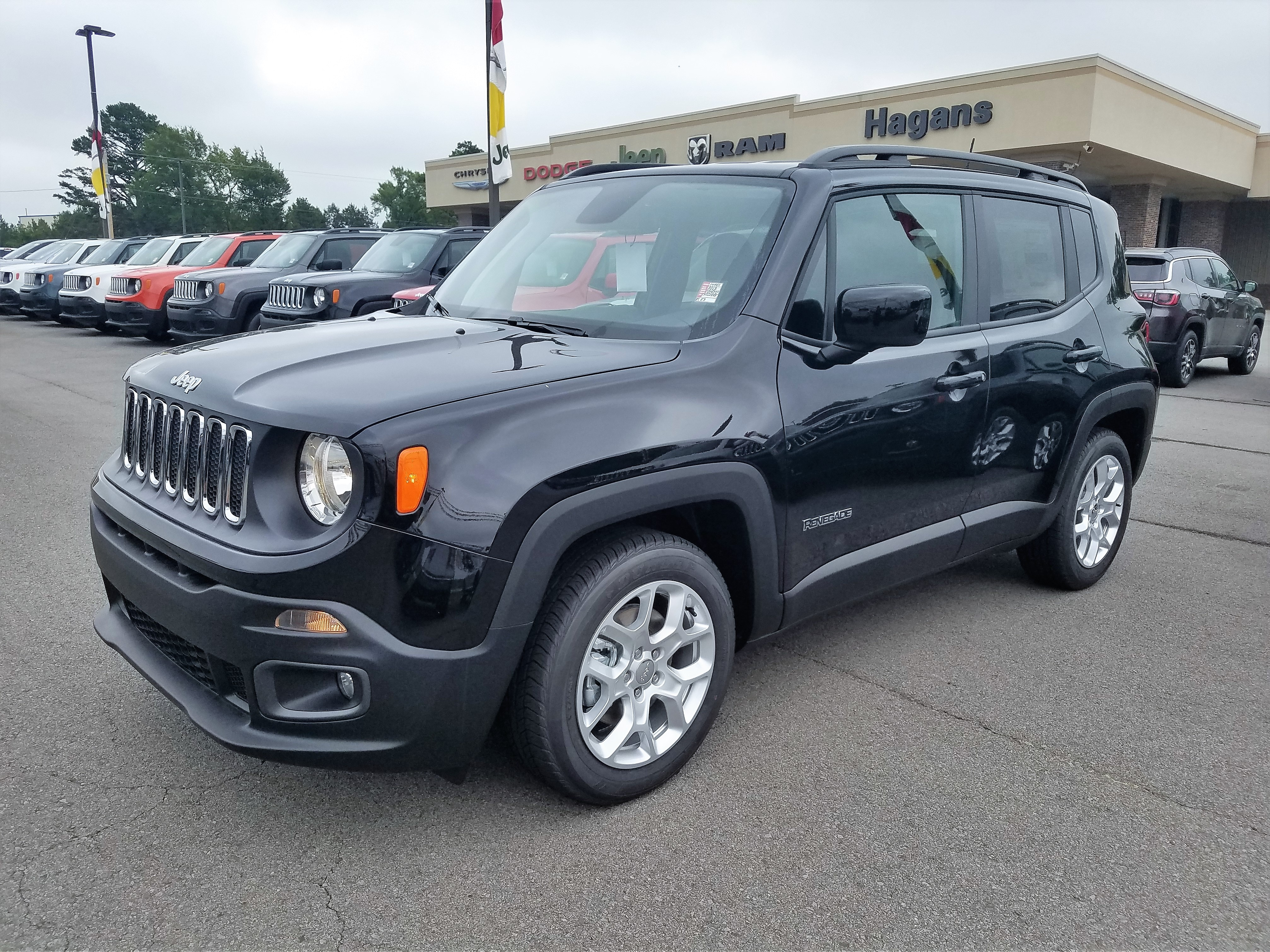 Featured New 2018 Jeep Renegade LATITUDE FWD Sport Utility for sale near you in Morrilton, AR