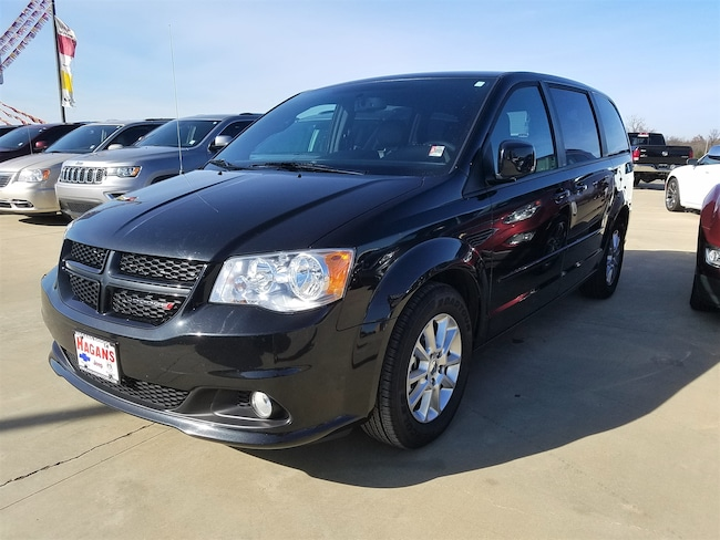 Used vehicle 2013 Dodge Grand Caravan R/T Van for sale near you in Morrilton, AR