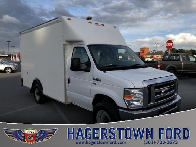 2014 Ford Econoline 350 Cutaway Base Chassis Truck