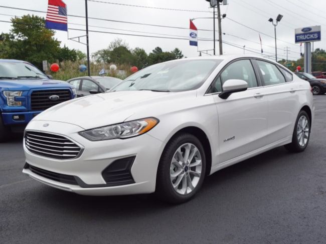 New 2019 Ford Fusion Hybrid SE Sedan for sale in East Windsor, NJ at Haldeman Ford Rt. 130
