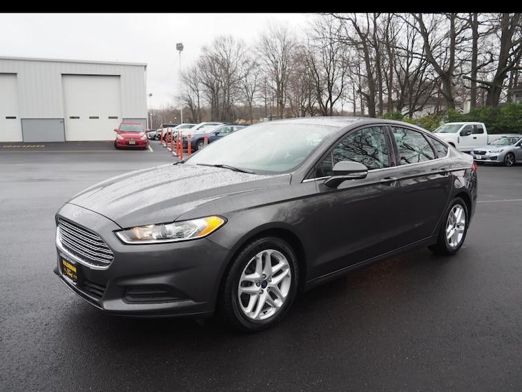 Bargain Inventory 2015 Ford Fusion SE SE  Sedan for sale in Hamilton, NJ