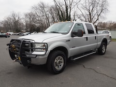Bargain Inventory 2006 Ford F-250 Super Duty XLT XLT  Crew Cab SB for sale in Hamilton, NJ
