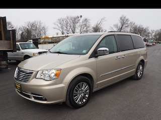 Used 2014 Chrysler Town & Country Touring-L Touring-L  Mini-Van P75738 2C4RC1CG6ER171300 for sale in Hamilton, New Jersey at Haldeman Subaru