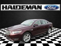 2018 Ford Taurus SEL Sedan