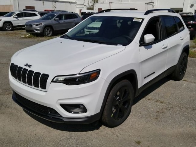 New 2019 Jeep Cherokee ALTITUDE FWD Sport Utility for sale in Virginia Beach
