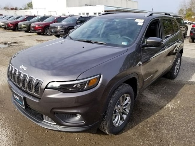 New 2019 Jeep Cherokee LATITUDE PLUS 4X4 Sport Utility for sale in Virginia Beach