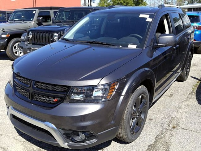 New 2019 Dodge Journey CROSSROAD Sport Utility for sale in Virginia Beach