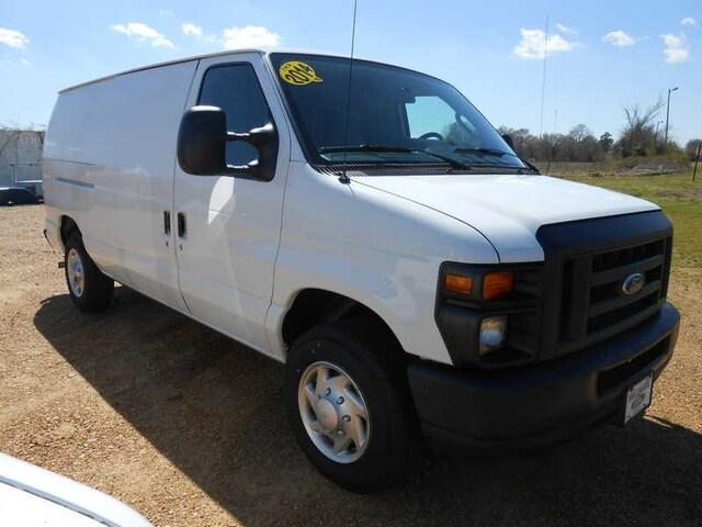 e0153af69aa8a2 2014 Ford Econoline 150 E-150 Cargo Van
