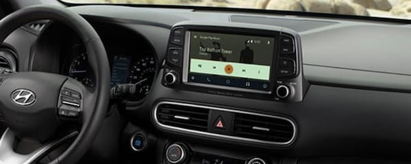 2020 Hyundai Kona Apple CarPlay and Android Auto connectivity