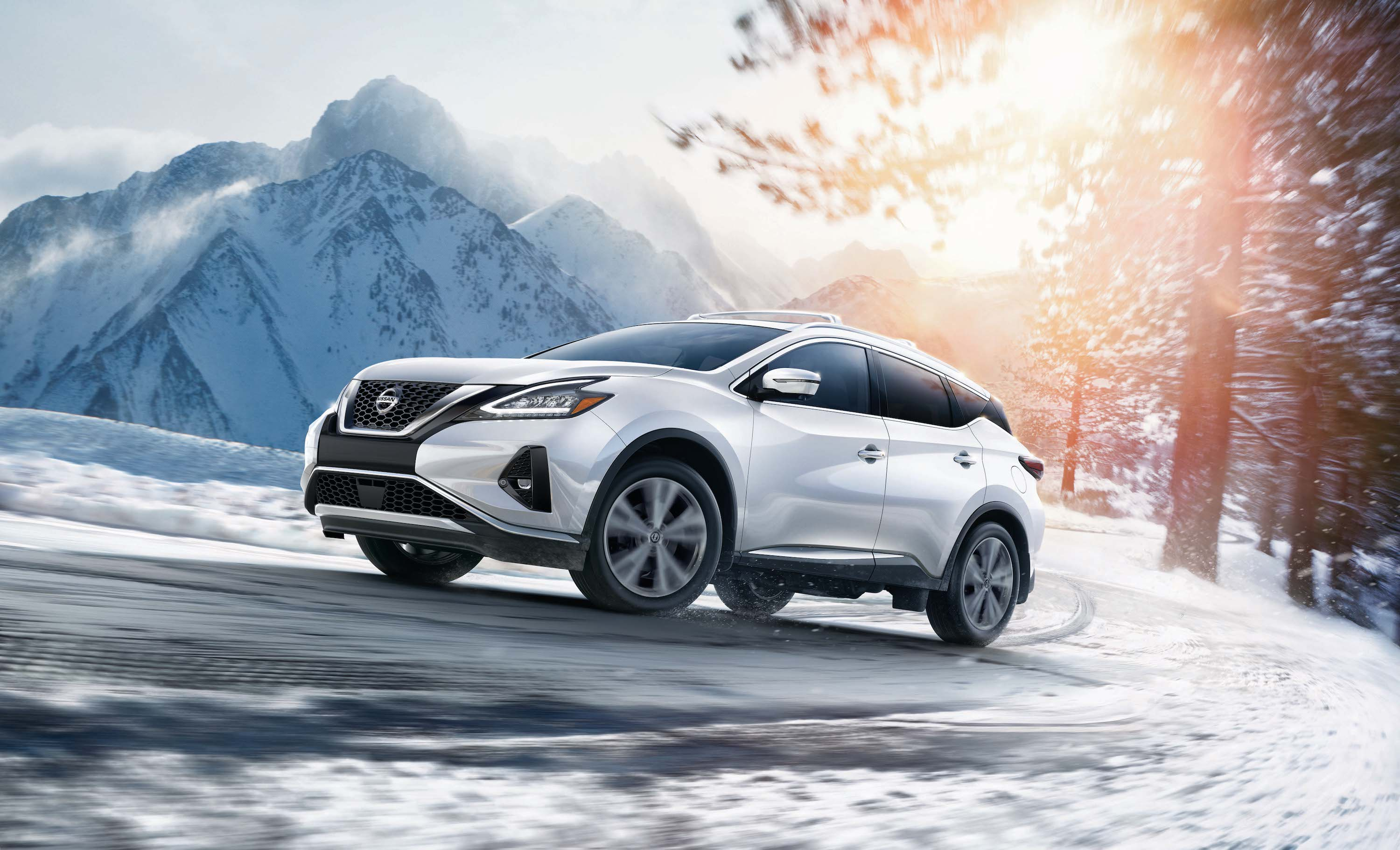 Model Features of the 2019 Nissan Murano at Hanover Nissan | 2019 murano running on snowy road
