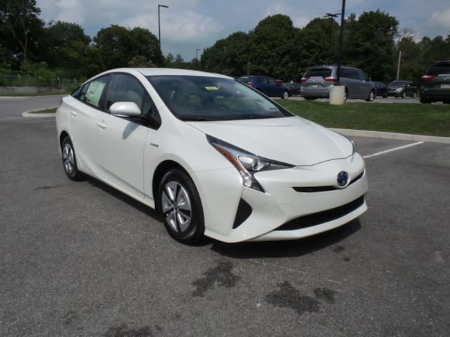 New 2018 Toyota Prius Four Hatchback Hanover PA