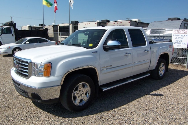 2011 GMC Sierra 1500 SLT 4x4 All Terrain PRICE REDUCED !! Crew Cab