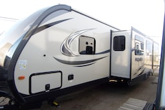 2018 BULLET Premier 34 BHPR Big Outside Kitchen !!