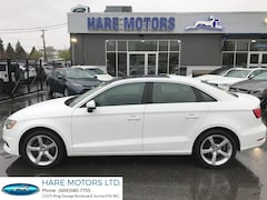2016 Audi A3 2.0T Komfort w / Power Sunroof Sedan