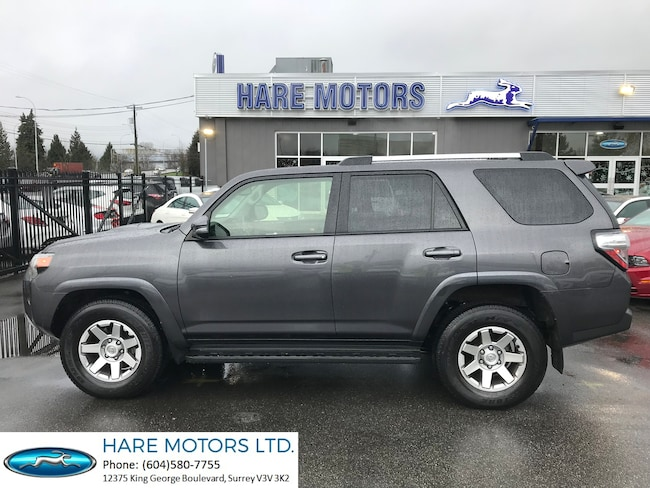 2016 Toyota 4Runner SR5 w / Navigation, Backupcam & Sunroof SUV