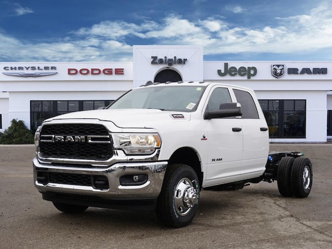 2019 Ram 3500 Tradesman/SLT/Laie/Limited Cab & Chassis
