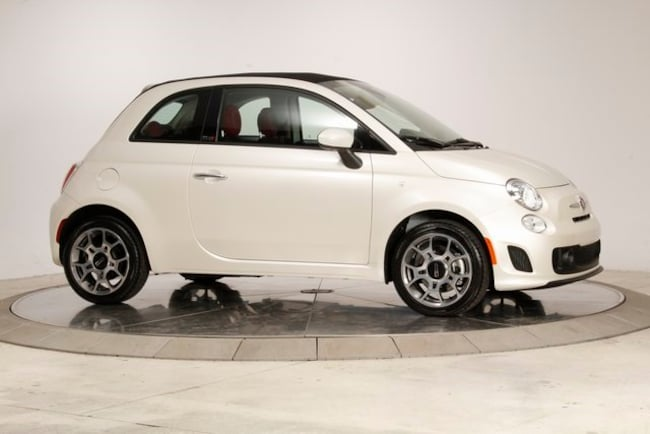 New 2018 FIAT 500 c POP Convertible Knoxville