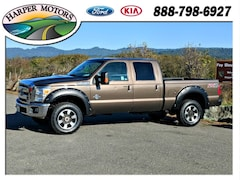 2016 Ford Super Duty F-350 SRW Lariat Truck