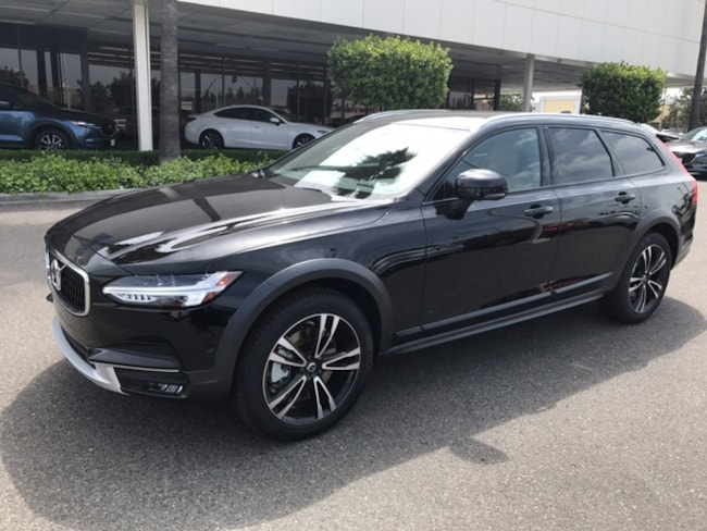 New 2018 Volvo V90 Cross Country T5 AWD Wagon for sale/lease in Fresno, CA