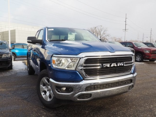 new 2019 Ram 1500 BIG HORN / LONE STAR QUAD CAB 4X4 6'4 BOX Quad Cab For Sale/Lease Dover, OH