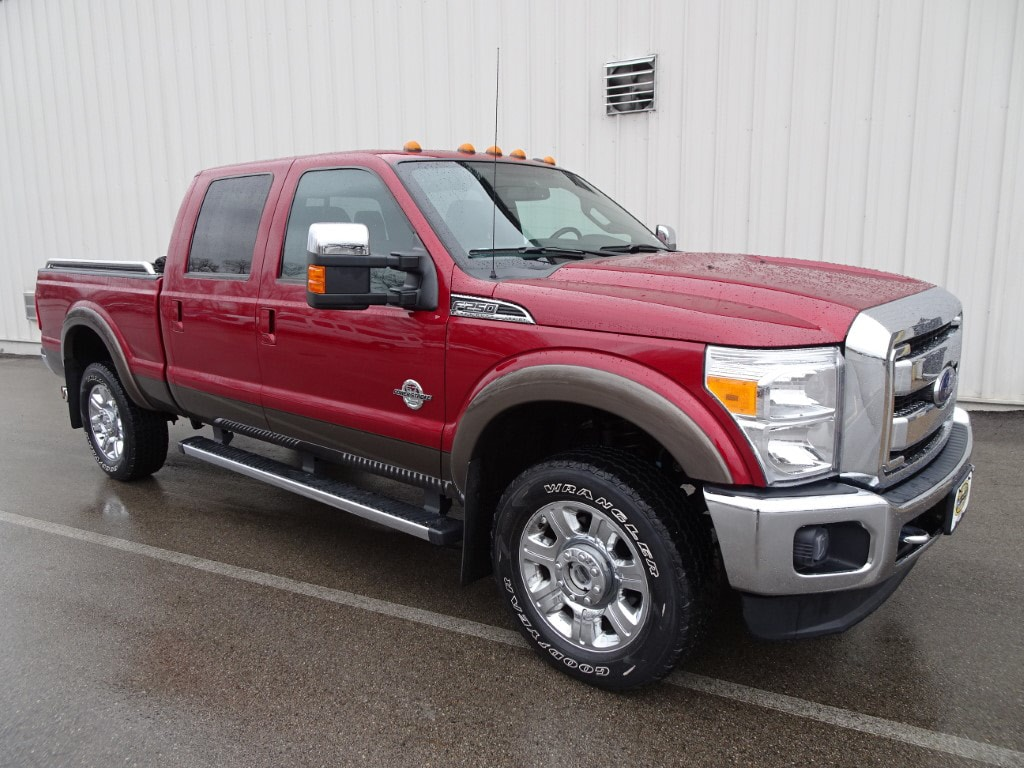 2015 Ford F-250 Lariat Crew Cab Short Bed Truck
