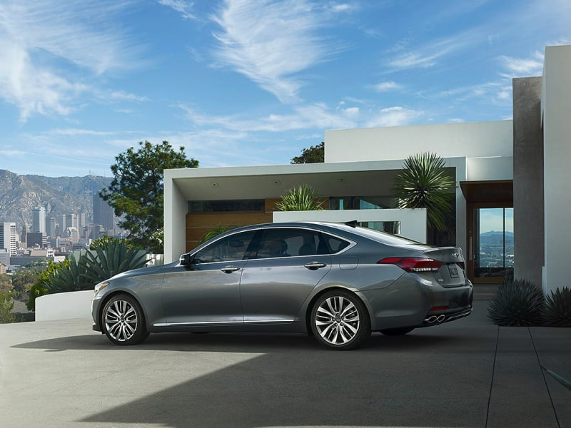 Sleek exterior of the 2019 Genesis G80
