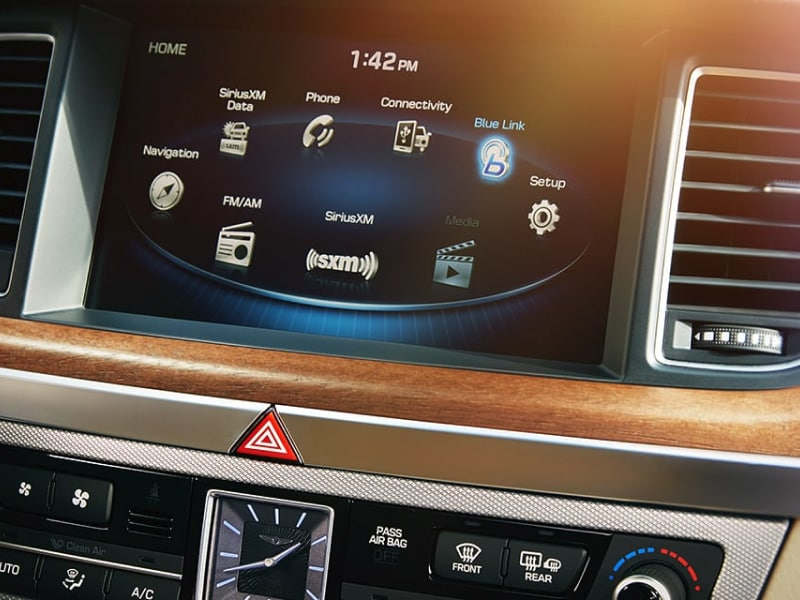 Touchscreen display inside the 2019 Genesis G80