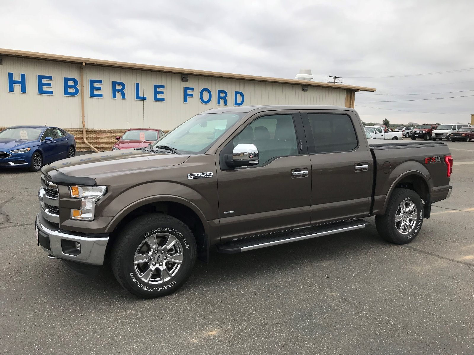 2015 Ford F-150 Lari 4WD SuperCrew 145 Lariat