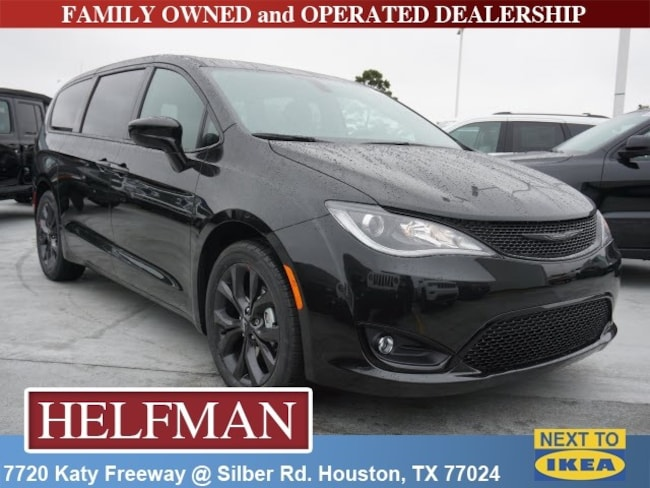New 2019 Chrysler Pacifica TOURING PLUS Passenger Van for Sale in Houston, TX at Helfman Dodge Chrysler Jeep Ram